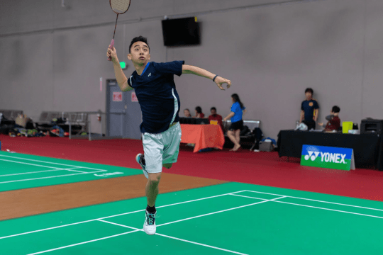 Justin Ma playing badminton
